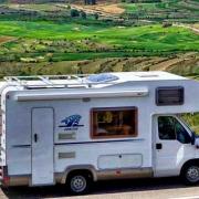 Diferencias entre acampar y estacionar en caravana, ALPESAN ELEVATE, S.L.